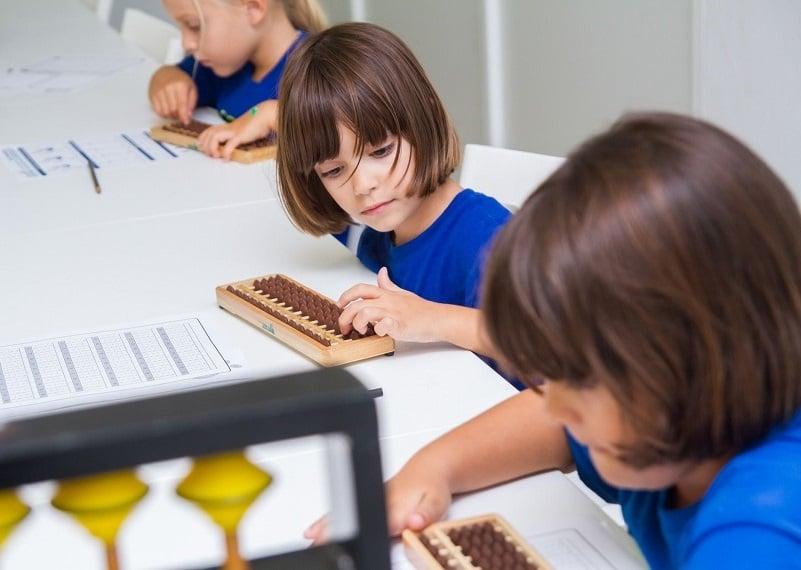 escuela infantil bilingüe en Valencia - clases aloha para niños en Valencia