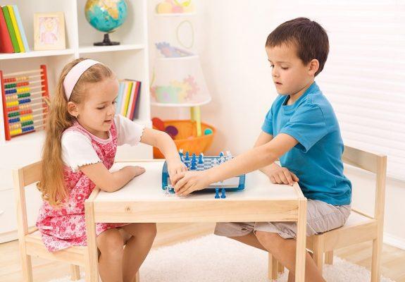 Clases de ajedrez para niños en Valencia - pareja