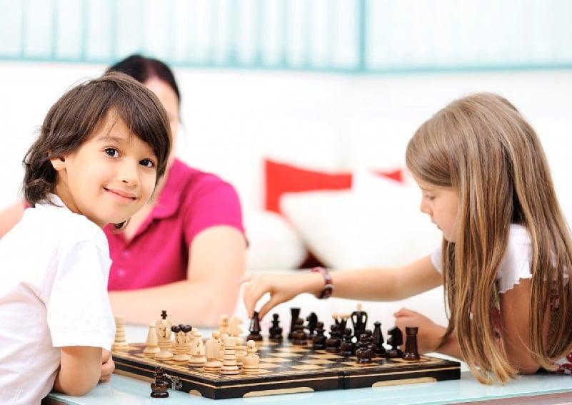 escuela infantil bilingüe en Valencia - clases de ajedrez en Valencia