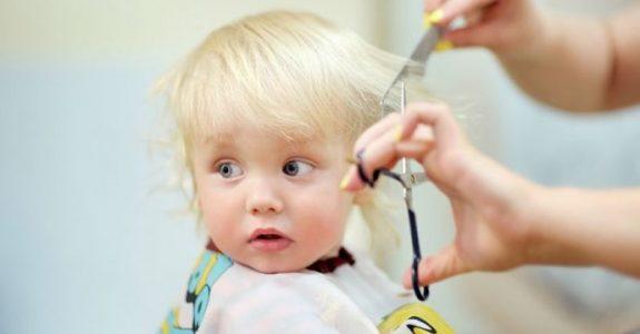 escuela infantil en Valencia - corte de pelo
