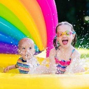 escuela de verano para niños en Valencia - juegos de agua