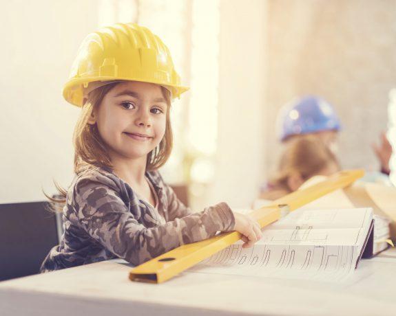 talleres de arquitectura para niños en Valencia - niña