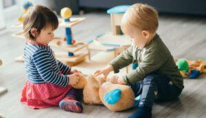 escuela infantil con inglés británico en Valencia - jugando juntos