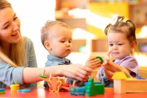 escuela infantil en inglés - jugueteas