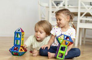 escuelas infantiles de verano en valencia - jugando